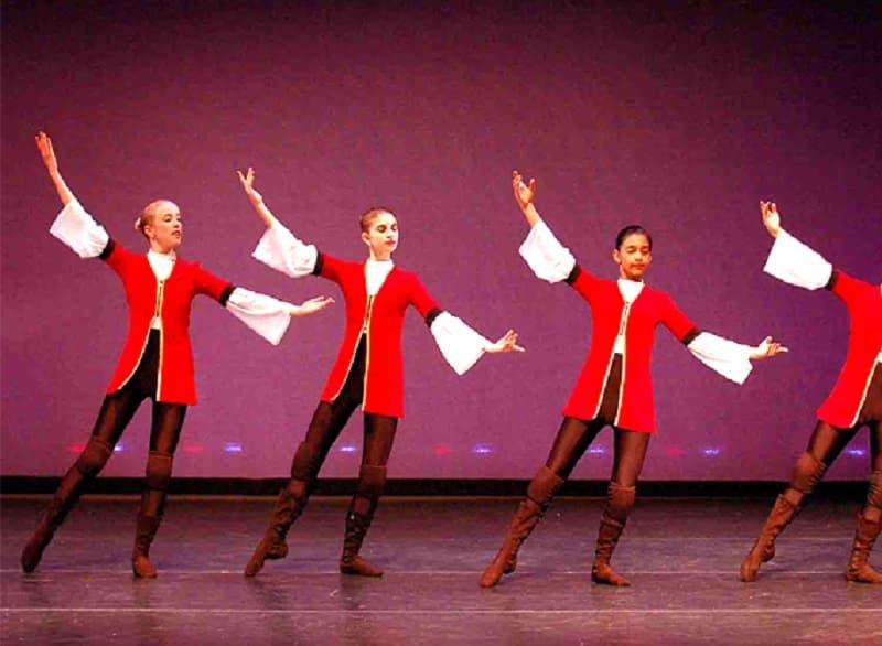 آموزش رقص ترکی-آموزش رقص آذری در تهران