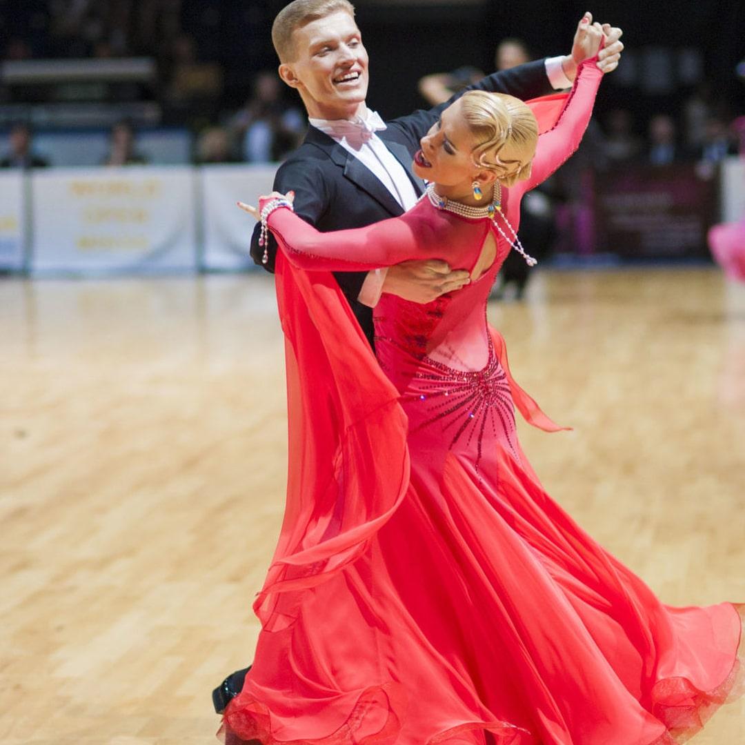 انواع مختلف رقص والس و تاریخچه این رقص