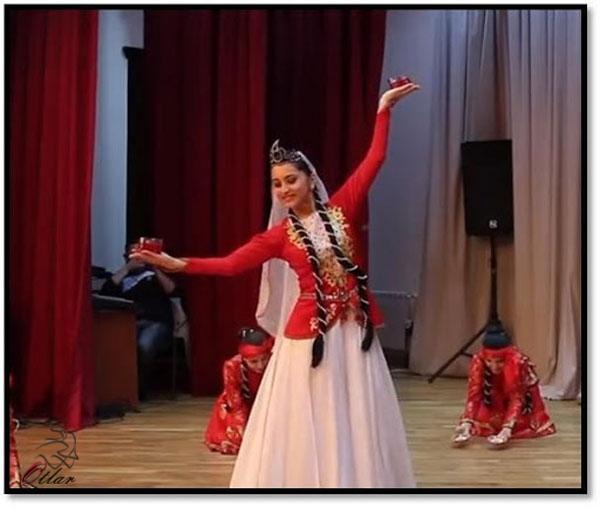 آموزش رقص آذری دخترانه به صورت حرفه ای